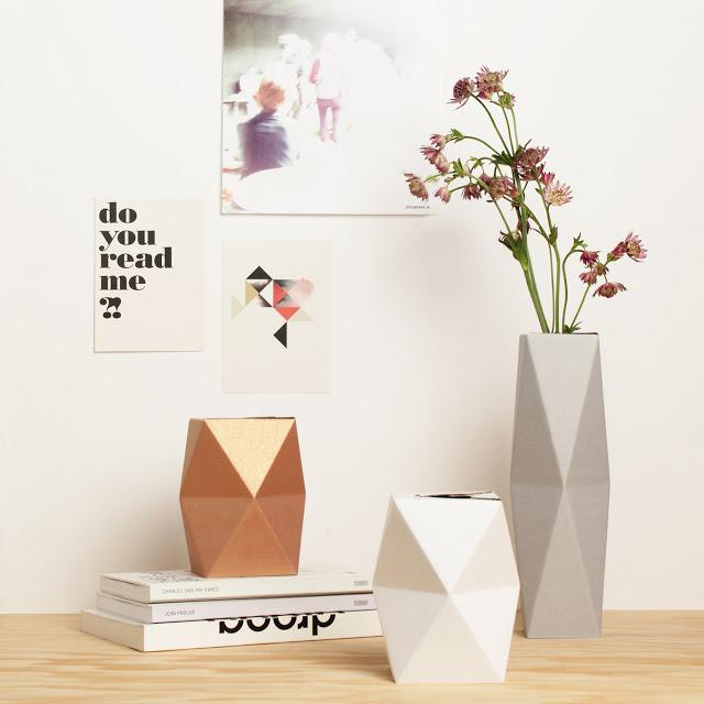 Snug Vase Small