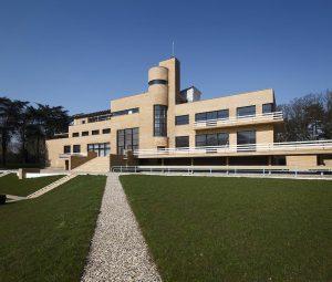 Interbellumparel Villa Cavrois opent deuren