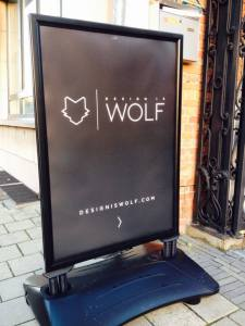 Design is Wolf pancarte ZNOR