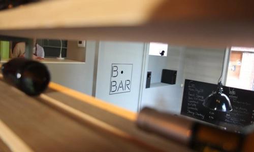 Belgische bar aan Waalse Krook