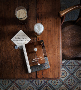 autenthieke-belgische-cafes-00-coverc-regula-ysewijn-znor